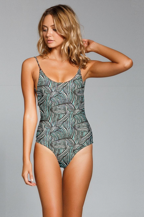 luxury-white-one-piece-Recovered.png