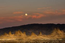 Full Moon Rising, Trona Pinnacles