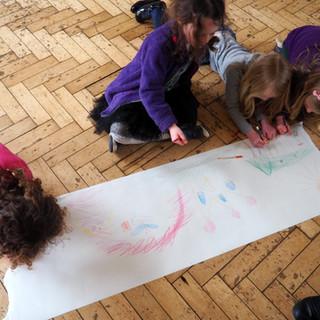 Amy Hutchings - school children design mural