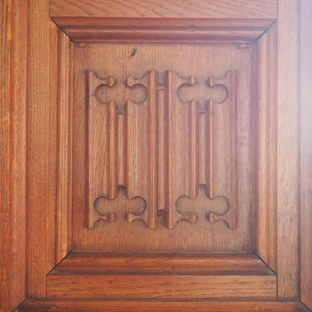 Amy Hutchings - Wooden panelling
