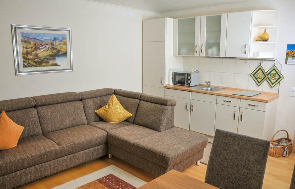 Wohnung Sitzbank (1 von 1).jpg