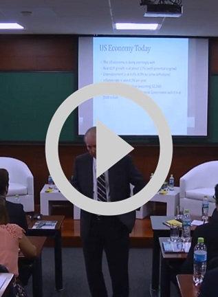 "Conferencia Magistral ""The US Economy: Trump Economic Policies"""