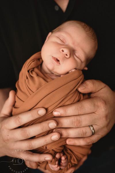 orofino Idaho newborn photographer, Lewiston Idaho studio photographer, Orofino studio photography, Lewiston newborn photographer.