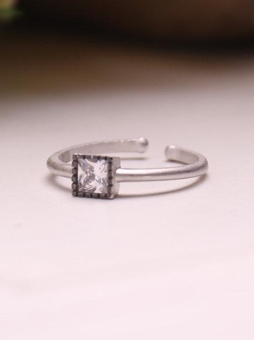 2T Rhodium Ring
