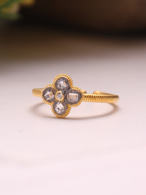 Clover Vermeil Ring