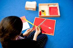 Montessori-GS-MädchenMesswerkzeuge