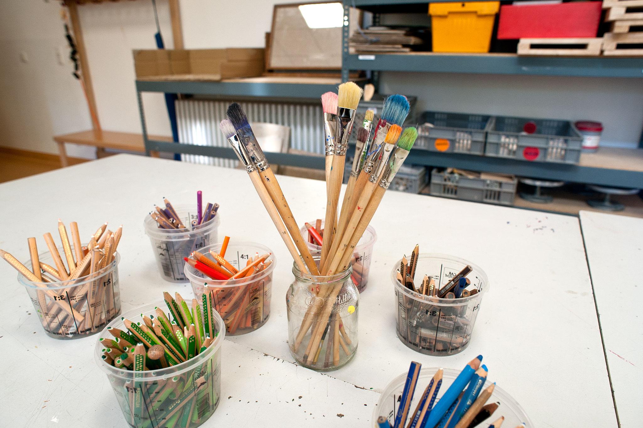 Montessori-GS-Zeichentisch