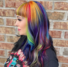 © Beauty Lab  Split hair color by @sabrinamarie.hair