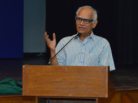 Learning to Live with the Past-Krishna Kumar