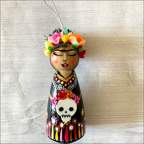 Frida in Black with Skull Ornament
