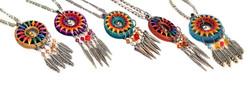 slideshow-necklaces