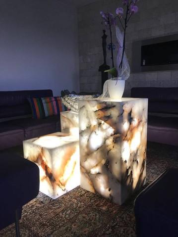 LED LIGHTED QUARTZITE CRYSTAL