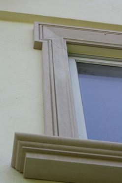 WINDOW SILL + SURROUND