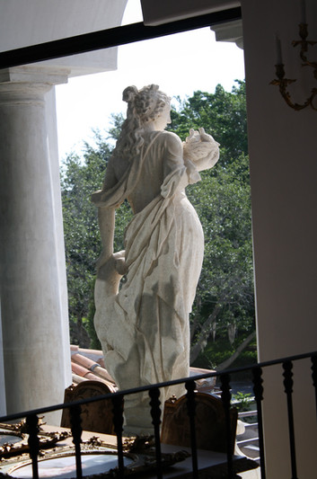 MARBLE STATUE