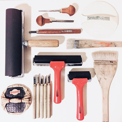 lino printmaking tools and materials including rollers, brushes, baren and japanese and pfeil carving tools