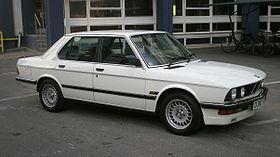 280px-1987_BMW_520i_LUX.jpg