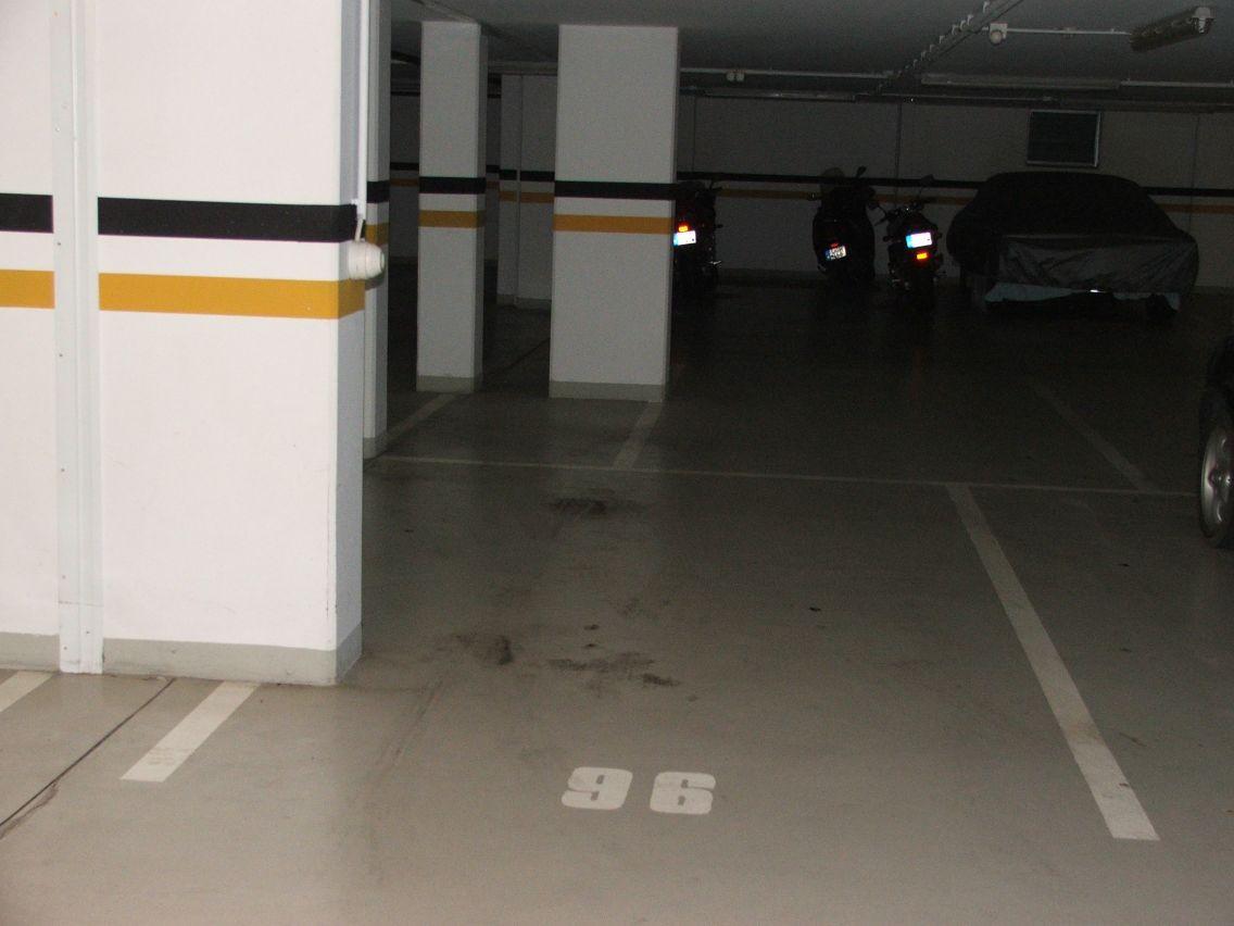 Center96kicsi