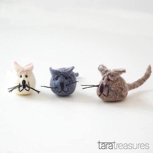 Woolen Mice