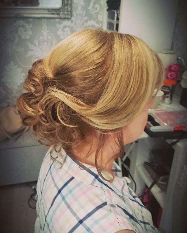 #hairupdo #motherofthebride #weddinghair