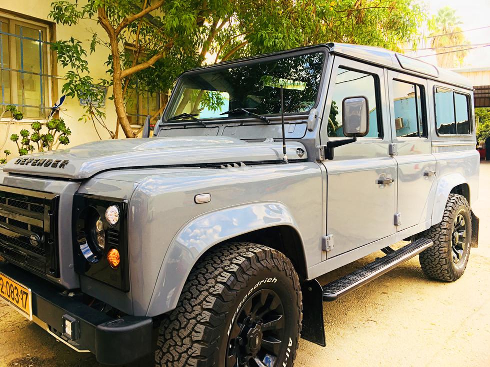 metropolitan israel land rover truck.jpg