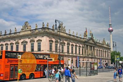 Busverkehr in MITTE