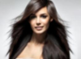 Haar-Modell dunkelbraune lange Haare