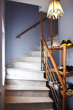 Treppenhaus zu den Wohnungen