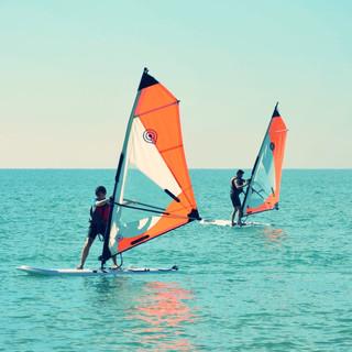 FLOW watersports I Windsurf School Barcelona