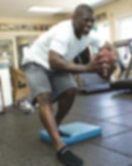 LaDainian-Tomlinson-Balance-Exercise—STA