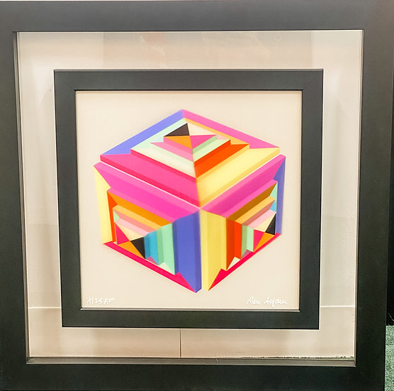 Ron Agam- Cube Ism