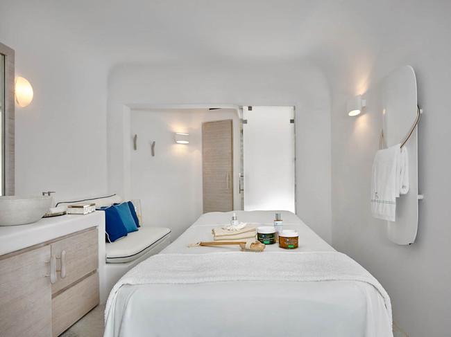 Single treatment room 1