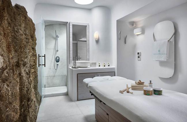 Single treatment room 2
