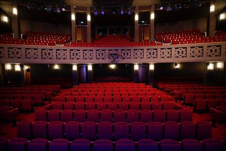 Theatre_Tour_Eiffel_salle_006.jpg