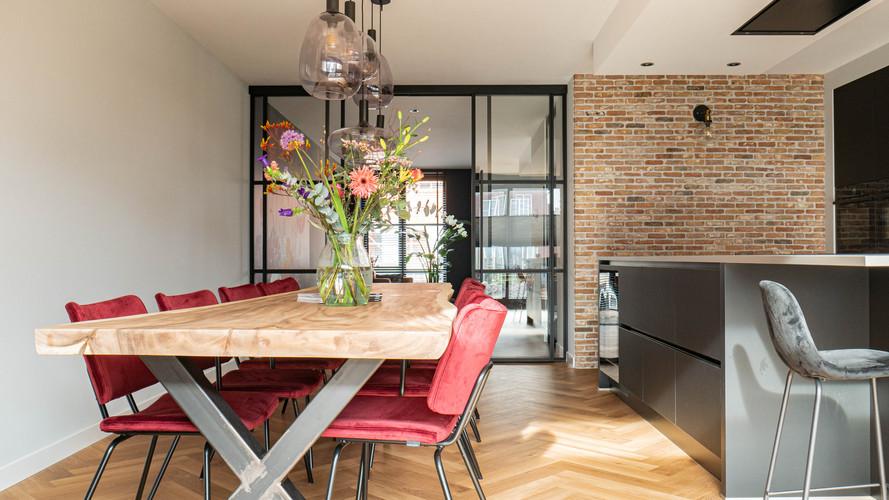 - Styling advies - Levering meubels en accessoires