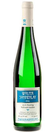 Wolfer Sonnenlay Kabinett trocken 2016, Weiser Künstler