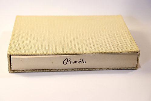 Paméla. Livre érotique clandestin illustré (1955). 14 gravures couleurs. Rare