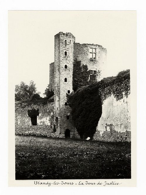 Photographie ancienne vers 1910 Blandy les Tours Ruines château Seine et Marne 1