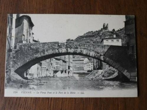 CPA Vienne Le Vieux Pont et le Fort de la Bâtie