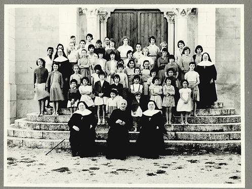 Photographie d'époque vers 1940 Orphelinat du Sacré-Coeur Le Poët-Laval Drôme 14
