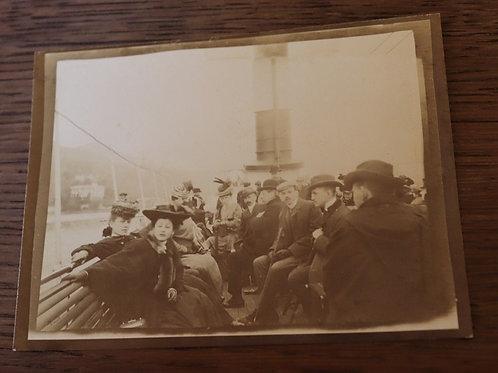 Photo ancienne 1900 Hommes et femmes élégants mode passagers Bateau