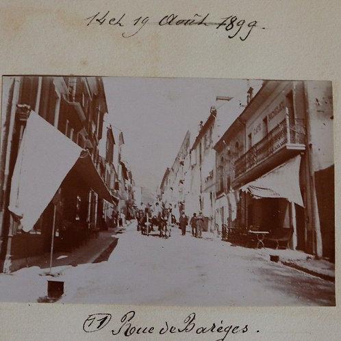 Photographie ancienne 1899 Rue Barèges Pyrénées