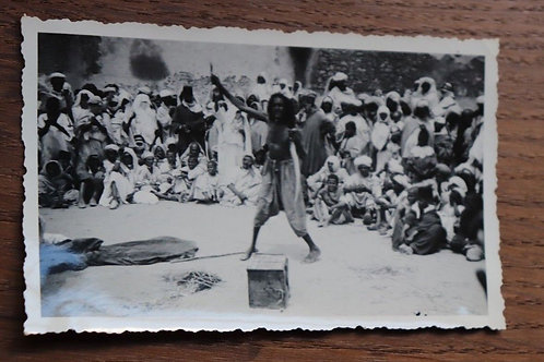 Photo ancienne vers 1930 Maroc Afrique Marrakech Charmeur de serpents