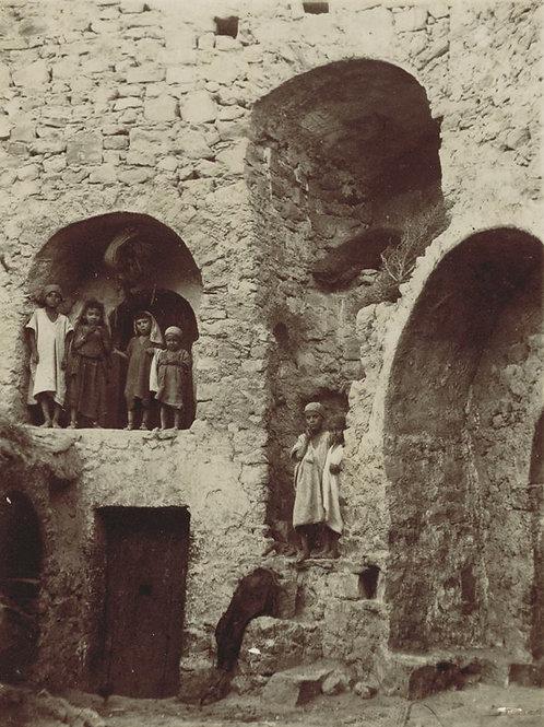 Photographie ancienne (1901). Tunisie. Enfants du village de Matmata