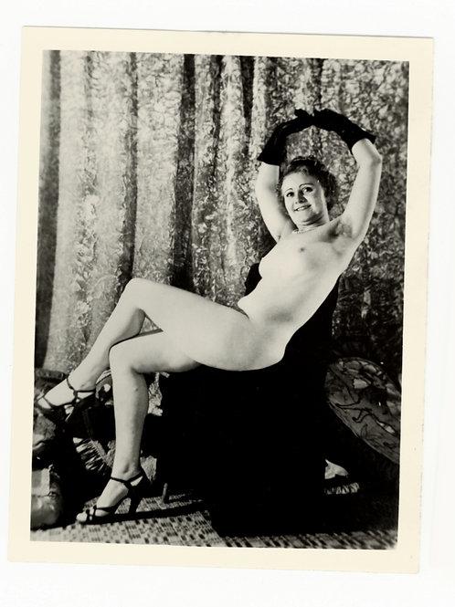Photographie amateur argentique Pin Up '60 11 X 8 cm env. Ref. X3