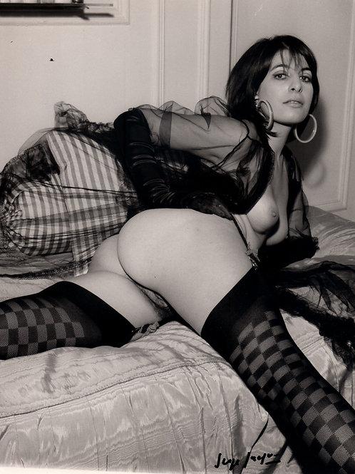 Nu. Photographie érotique vintage signée Serge Jacques (vers 1975)