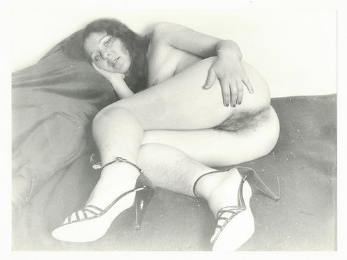 Photographie Amateur Vintage Nu féminin vers 1965. Ref. 985