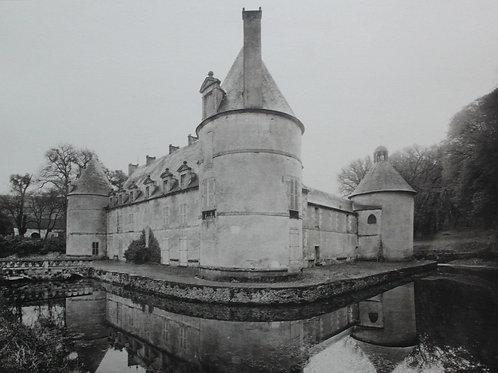 Château de Bourgogne : Bussy-Rabutin en Côte d'Or. Photogravure grand format