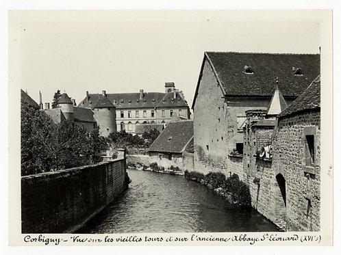 Photographie ancienne vers 1910 Corbigny Nièvre Bourgogne vieilles tours abbaye