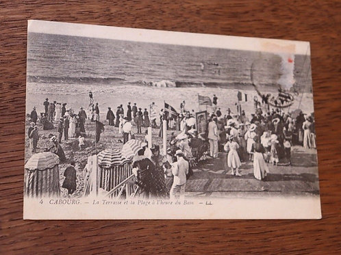 CPA Cabourg Terrasse et plage Heure du bain Normandie