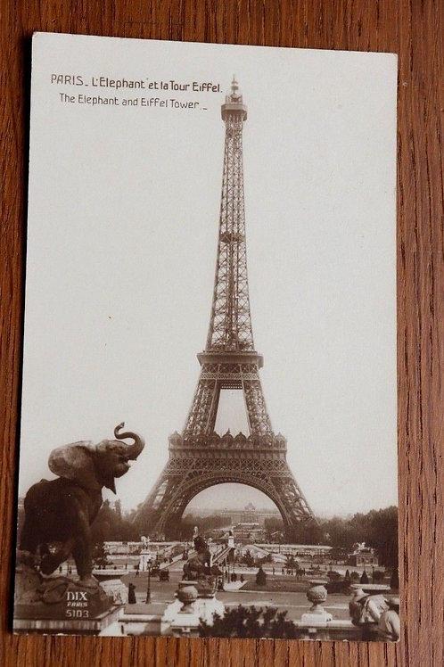 CPA Paris Tour Eiffel éléphant